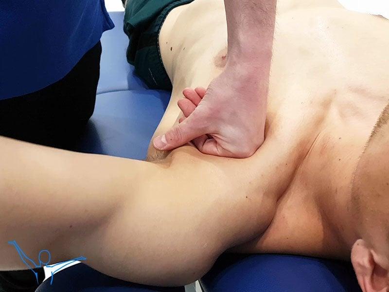 Mięsień piersiowy większy - masaż głęboki